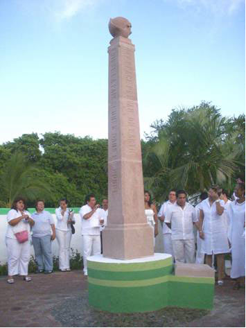 Peace Pole Monument in Zihuatanejo-1