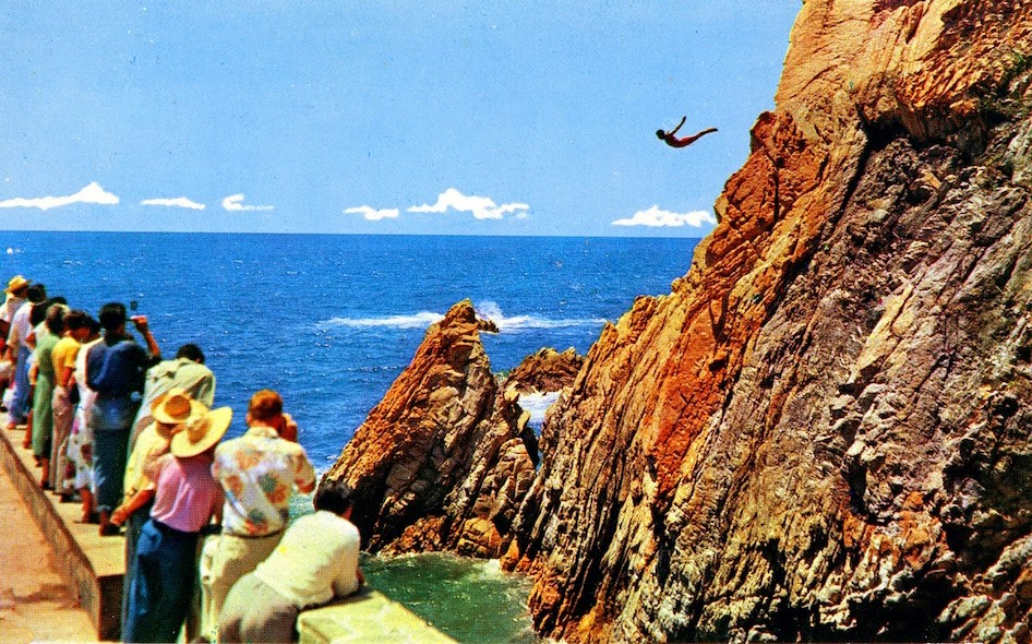 "Diving Off ""The Cliff Of Death"" In Acapulco"